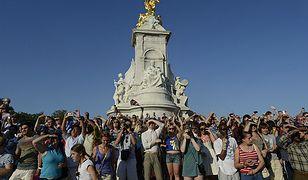 Londyn: biali Brytyjczycy opuszczają stolicę