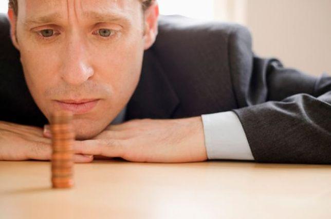 """To koniec """" trzynastek"""", zlikwidują dodatkowe wynagrodzenie?"""