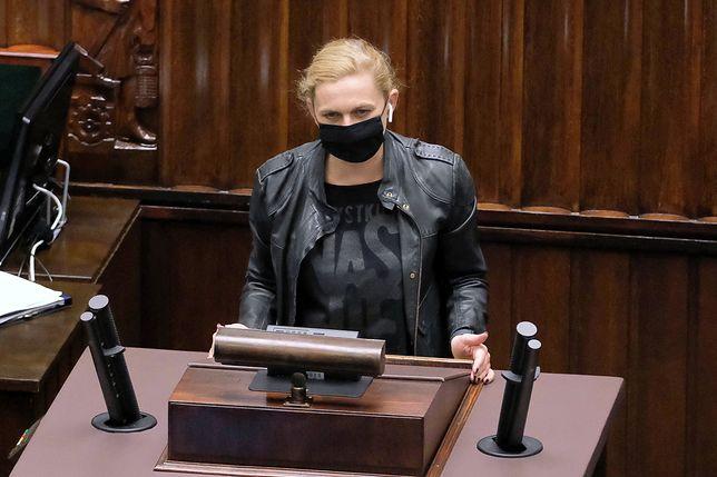 TK wydał wyrok ws. aborcji. Zdaniem Barbary Nowackiej po tej decyzji przybędzie zwolenników liberalizacji prawa aborcyjnego
