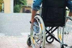 Paraplegia – przyczyny, objawy, rodzaje, paraplegia spastyczna, leczenie i powikłania