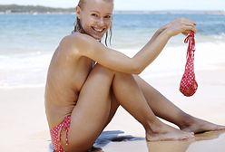 Minister spraw wewnętrznych broni opalania topless. We Francji jest legalne