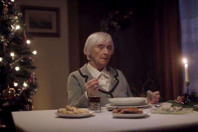 Samotna wigilia starszej osoby nie musi tak wyglądać
