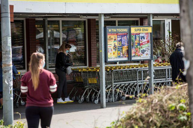 15 sierpnia i niedziele hadnlowe 2020. Które sklepy będą otwarte?