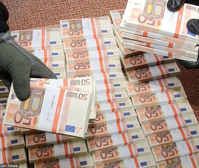 """Coraz mniej podrobionych banknotów w obrocie. Takich fałszerzy jak """"Napoleon"""" już nie ma"""