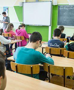 Niezaszczepieni uczniowie przejdą na zdalne nauczanie? Jest reakcja ministra Czarnka