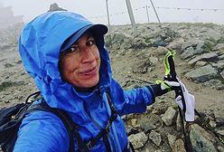 Justyna Kowalczyk w zaawansowanej ciąży zdobywa Kasprowy Wierch. Pod zdjęciem ze szczytu aż wrze