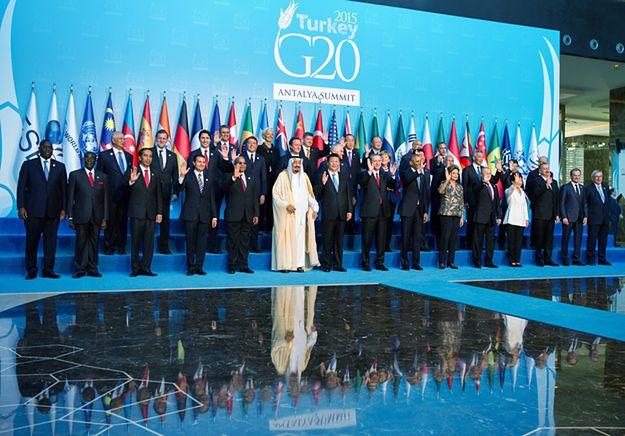 Uczestnicy i goście szczytu G20 w Turcji.