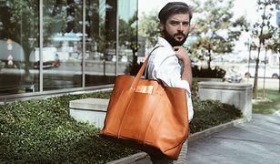 Męskie torebki to trend, którego potrzebujemy