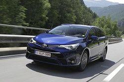 """Nowa Toyota Avensis: bardziej europejski """"Japończyk"""""""