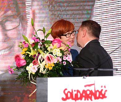 """Minister rodziny, pracy i polityki społecznej Elżbieta Rafalska i przewodniczący NSZZ """"Solidarność"""" Piotr Duda"""