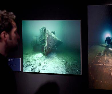 Wystawa ze zdjęciami wraku statku Wilhelm Gustloff