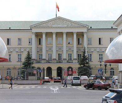 50 mln zł. na pensje stołecznych urzędników. Prezydent dostaje mniej niż skarbnik