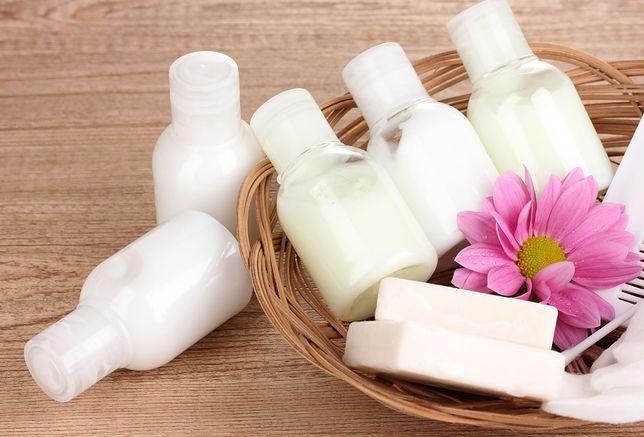 Mydełka, szampony, balsamy to już standard nawet w średniej klasy hotelach