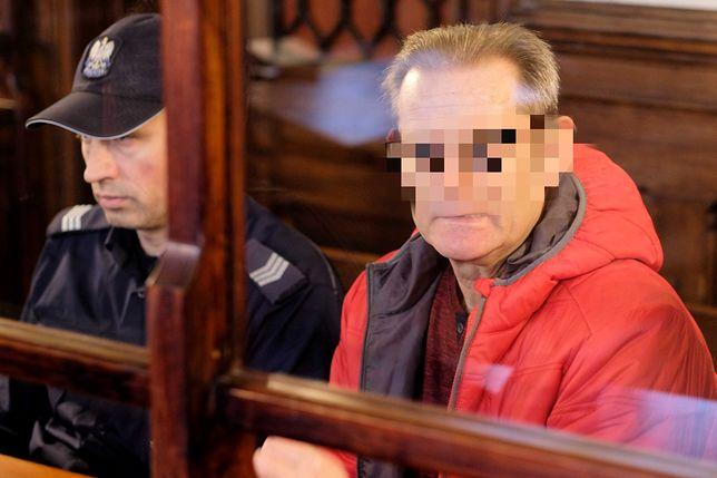 Katowice. Roman S. (były zomowiec) na sali sądowej - zdj. arch.