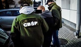CBŚP zlikwidowało dwie grupy przestępcze. Dilerzy mieli broń