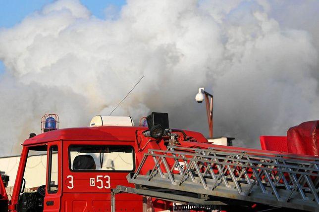 Warszawa. Na Bielanach w sobotę doszło do pożaru hali [zdj. ilustracyjne]