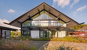 Dom z dużymi oknami. Wady i zalety