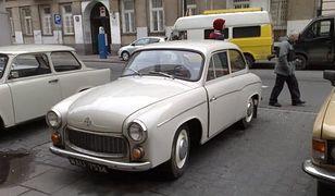 Syrena 104 skradziona z Muzeum Motoryzacji i Techniki w Otrębusach