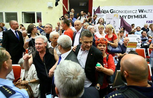 Burzliwe obrady Rady Warszawy, nie powołano komisji reprywatyzacyjnej