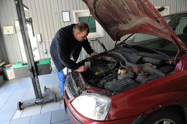Badanie techniczne samochodu.
