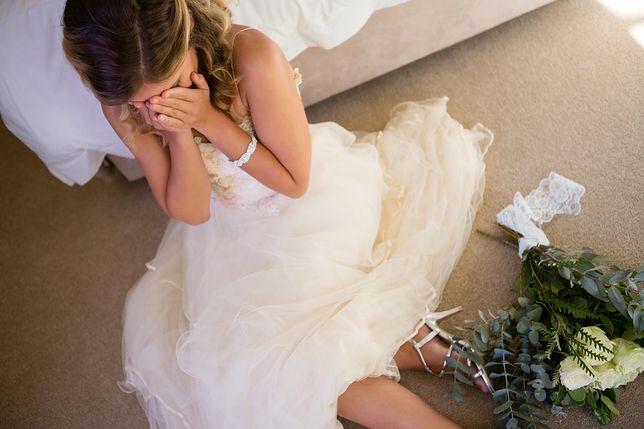 Płacząca panna młoda. Ślubny stres zrujnował wesele niejednej kobiety