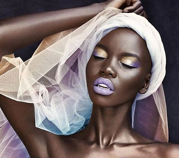Czarnoskóra modelka Nykhor Paul o dyskryminacji na pokazach mody