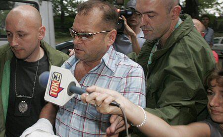 Detektyw Krzysztof Rutkowski w drodze do sądu
