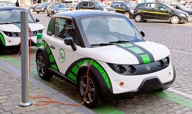 Elektryczne samochody muszą być słyszalne. Nowe prawo będzie obowiązywać w USA