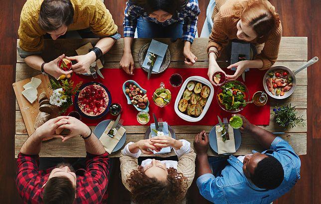 Savoir-vivre przy stole. Co warto wiedzieć