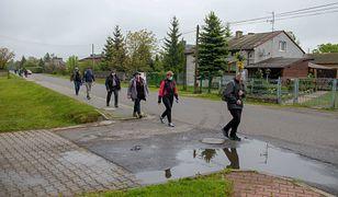 Pielgrzymka z Łowicza nadal w drodze na Jasną Górę