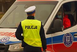 Rodzinna tragedia w Rudniku. Dwulatka wpadła do basenu