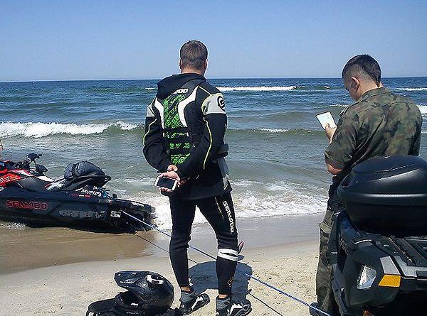 Straż Graniczna z Krynicy Morskiej uratowała Fina dryfującego na Bałtyku