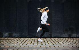 Modelka, która biega maratony (WIDEO)