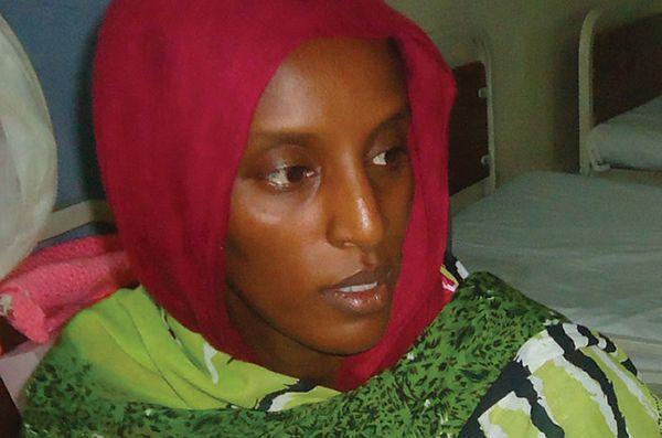 Sudan: młoda chrześcijanka, zwolniona z celi śmierci, znów na wolności