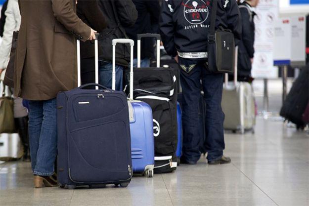 Zakłócenia systemu kontroli pasażerów na lotniskach w USA