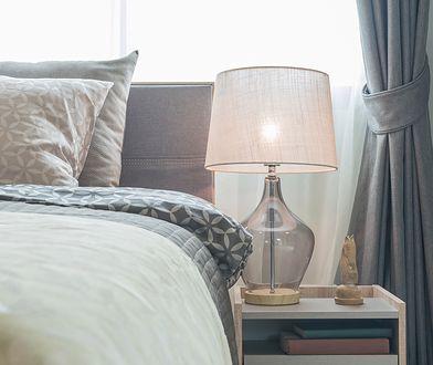 Modna lampa będzie pięknym dodatkiem do salonu lub sypialni
