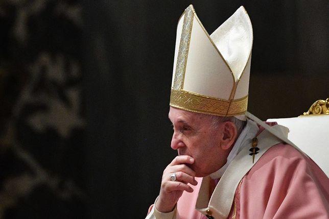 """Watykan. Ojciec Święty o oczyszczeniu Kościoła. Nie chce """"polowania na czarownice"""""""