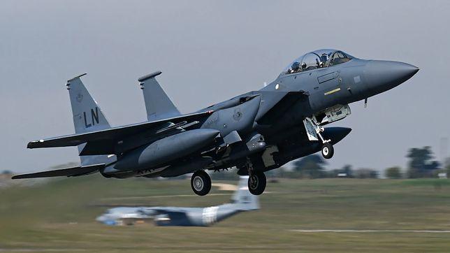 Amerykańskie myśliwce w Polsce. Rozmieszczono 24 samoloty F-15 i F-16