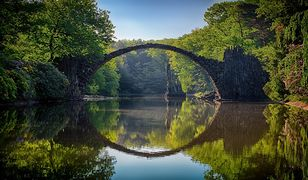 Park Mużakowski to niezwykłe miejsce powstało w XIX w., za sprawą księcia Hermana von Puckler-Muskau
