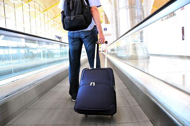 Walizka na kółkach to przydatny gadżet dla podróżnych