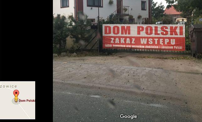 Transparent znajduje się na bramie wjazdowej do firmy, która oferuje noclegi koło Wrocławia.