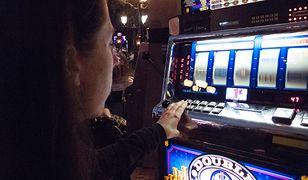 Kobiety także doświadczają uzależnienia od hazardu