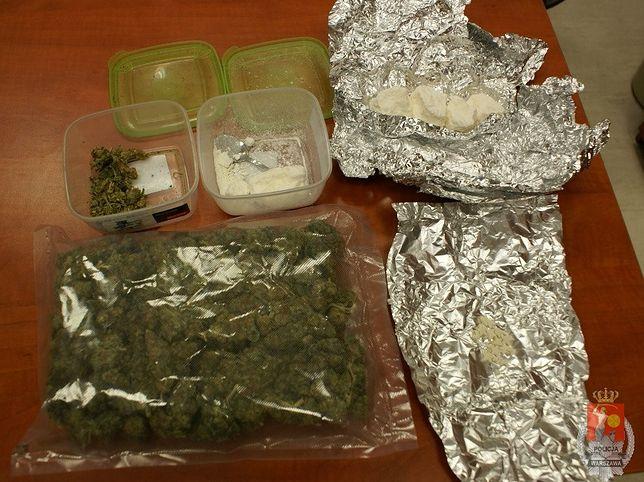 1700 porcji amfetaminy, 600 porcji marihuany oraz tabletki extasy