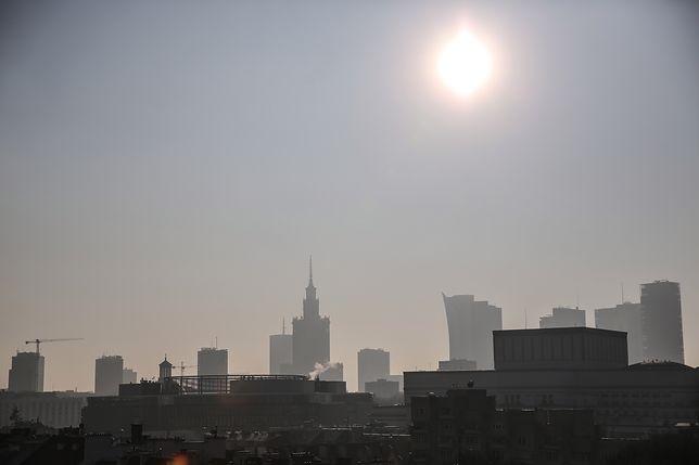 Smog Warszawa - 11 stycznia. Zła jakość powietrza