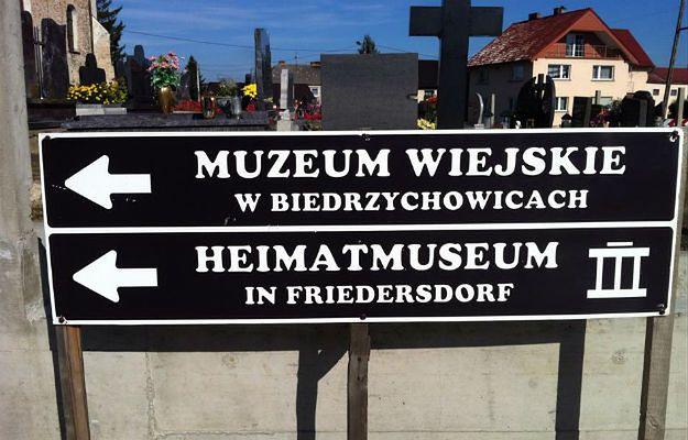 Mniejszość Niemiecka chce dwujęzycznych tablic w Rudniku. Drugą nazwą gminy ma być Herrenkirch
