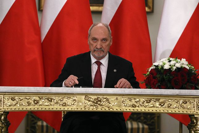 Antoni Macierewicz podczas zaprzysiężenia rządu Mateusza Morawieckiego w Pałacu Prezydenckim.