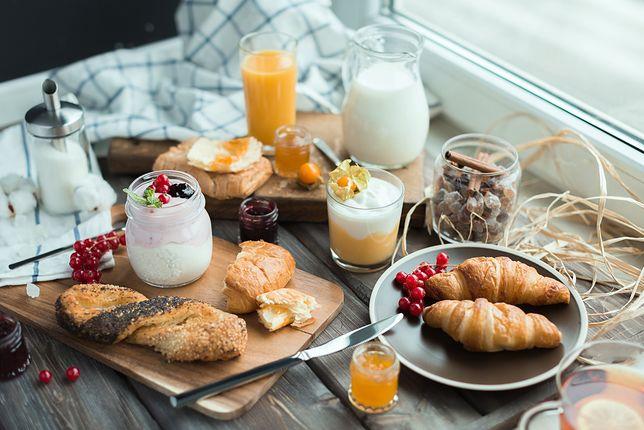 Jedni uwielbiają słodkie śniadania, inni wolą smaki słone