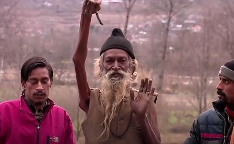 Od 48 lat nie opuścił ręki. Powód jest zdumiewający