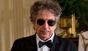 Bob Dylan w końcu dostanie pieniądze za Nobla