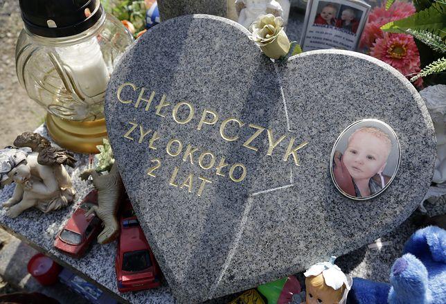 15 lat więzienia dla rodziców nieżyjącego Szymona?